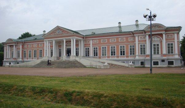 Дворец в усадьбе Шереметевых