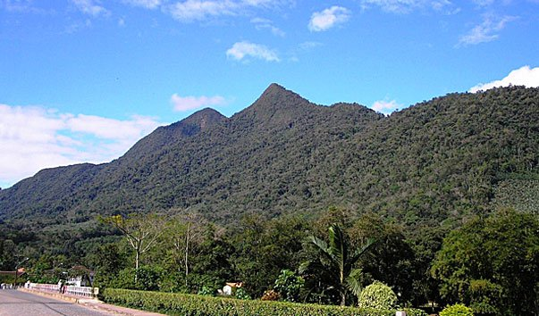 Гора Morro do Boi