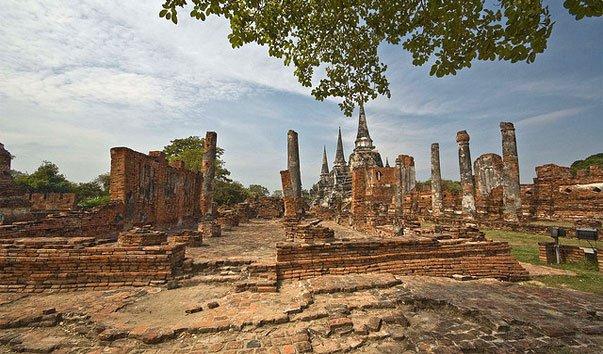 Храм Phra Si Sanphet