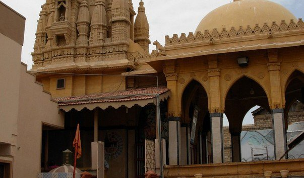 Храм Шри Сваминараян Мандир