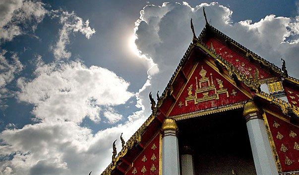 Храм Ват Монгконбопхит