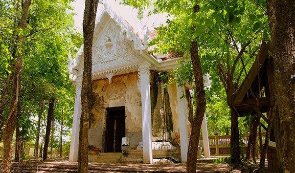 Храм Ват По Банг Кла
