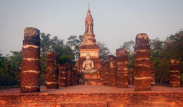 Храм Wat Trapang Ngoen