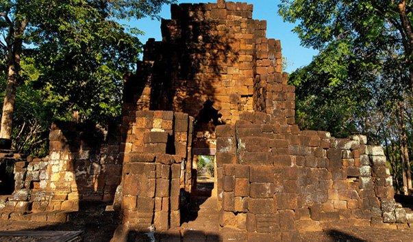 Исторический парк Прасат Муанг Синг
