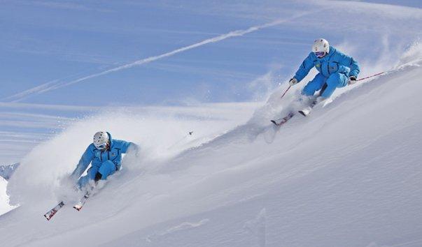 Лыжная школа Гриллитч и Партнеры при организации CSA