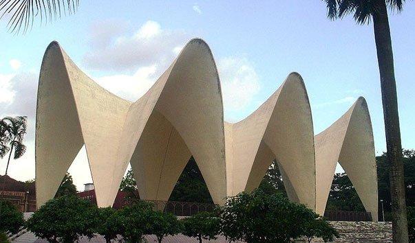 Мемориальный комплекс Suhrawardy Udyan