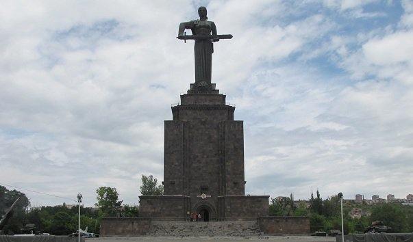 Монумент Мать-Армения