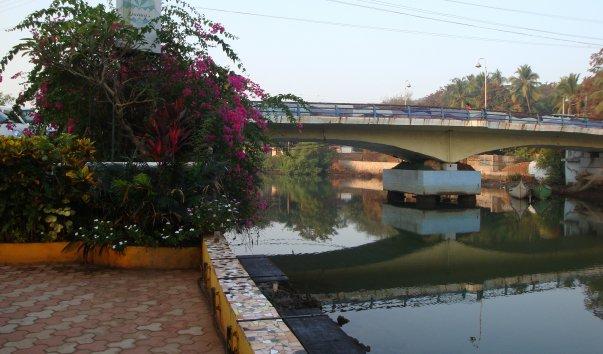 Мост через реку  Багу