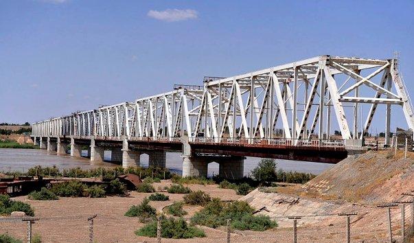 Мост Дружбы между Афганистаном и Узбекистаном