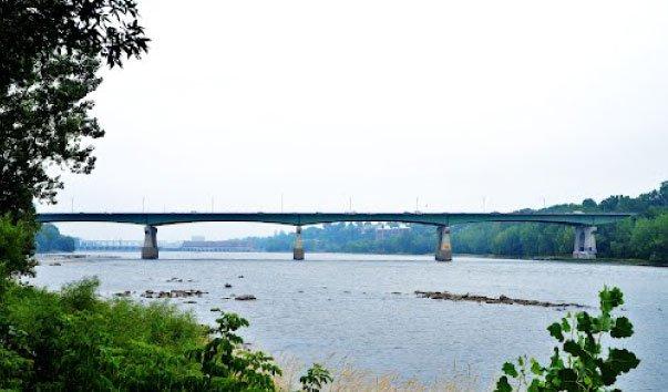 Мост Pie-IX