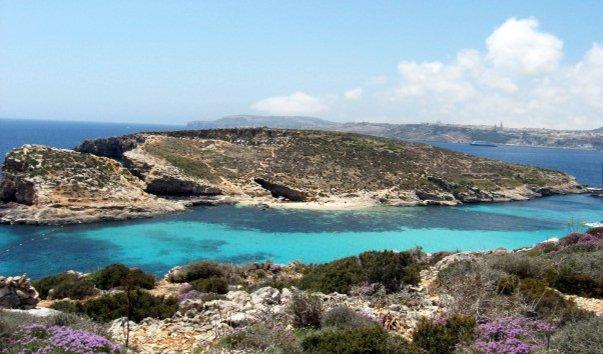 Остров Коминотто