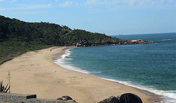 Пляж Taquarinhas