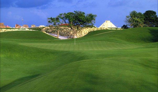 Поле для гольфа «Пуэрто-Авентурас»