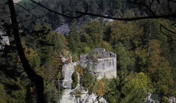 Развалины Гразбург