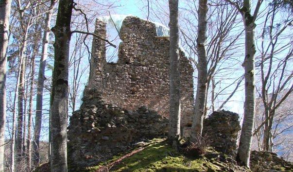 Развалины Ягдбург