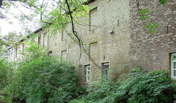 Руины замка Миллен