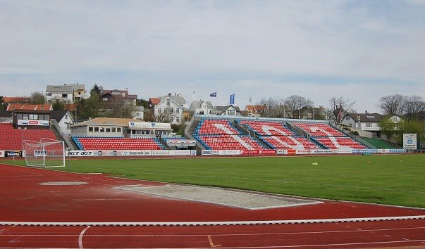 Стадион «Хёугесунн»