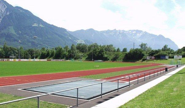 Стадион «Шпортплац Райнвизе»