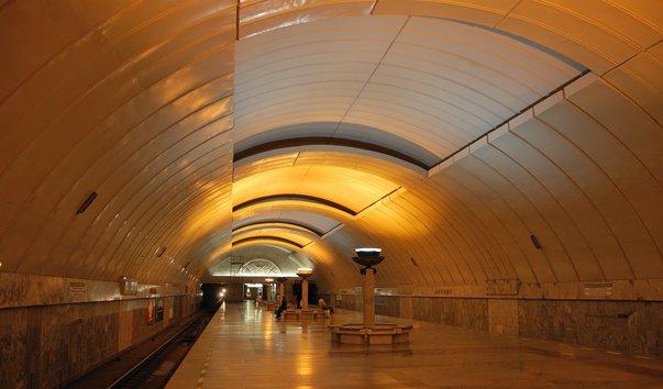 Станция метро 'Динамо'