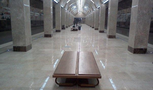 Станция метро 'Горьковская'