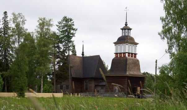 Старая церковь в деревне Петяявеси