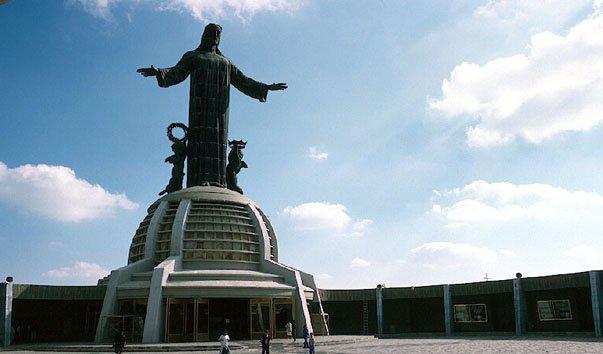 Статуя Христа-Царя