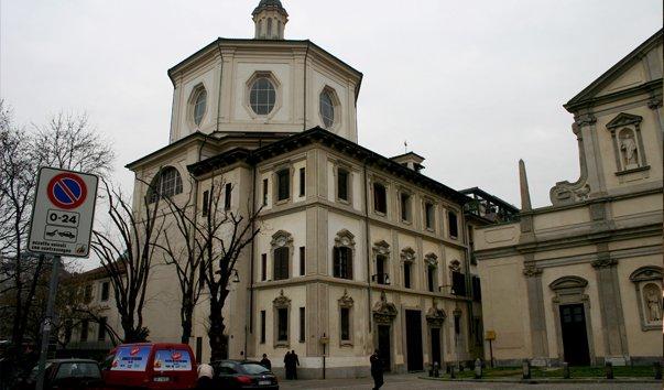 Церковь Сан-Бернардино алле Осса