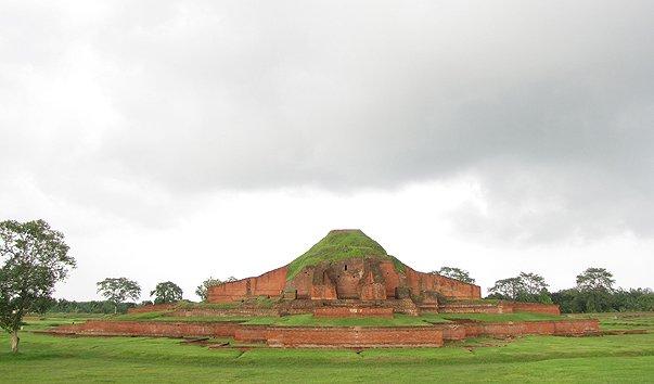 Вихара в Пахарпуре