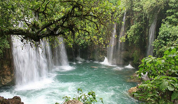 Водопад «Мост Бога»