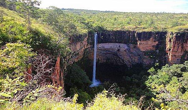 Водопад Veu de Noiva