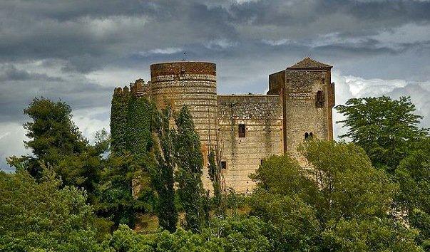 Замок Кастильново