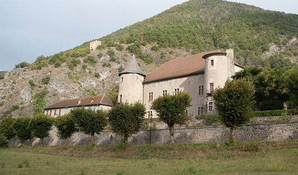 Замок Монмор