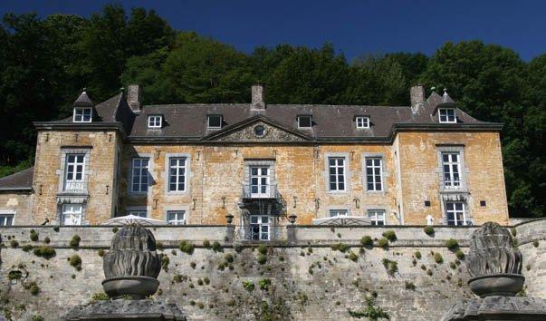 Замок Нирканне