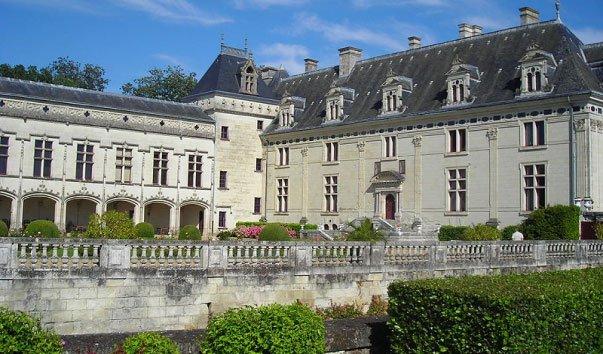 Замок Шато де Брезе